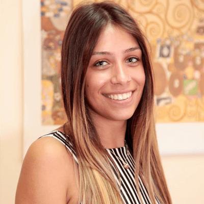 Χριστίνα Νικόλαρου