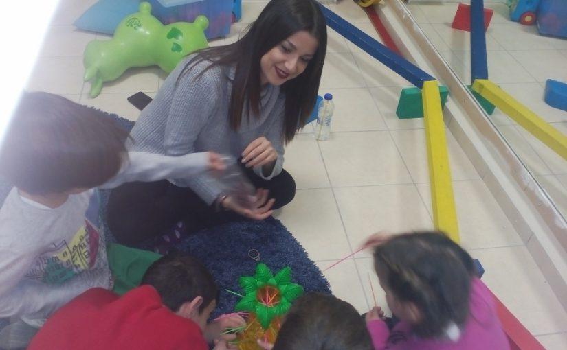 Αναπτυξιακό μοντέλο παιχνιδιού στα παιδιά τυπικής ανάπτυξης
