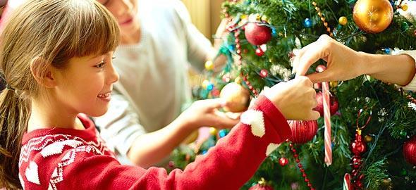 Γλωσσικές δραστηριότητες με άρωμα γιορτών!!